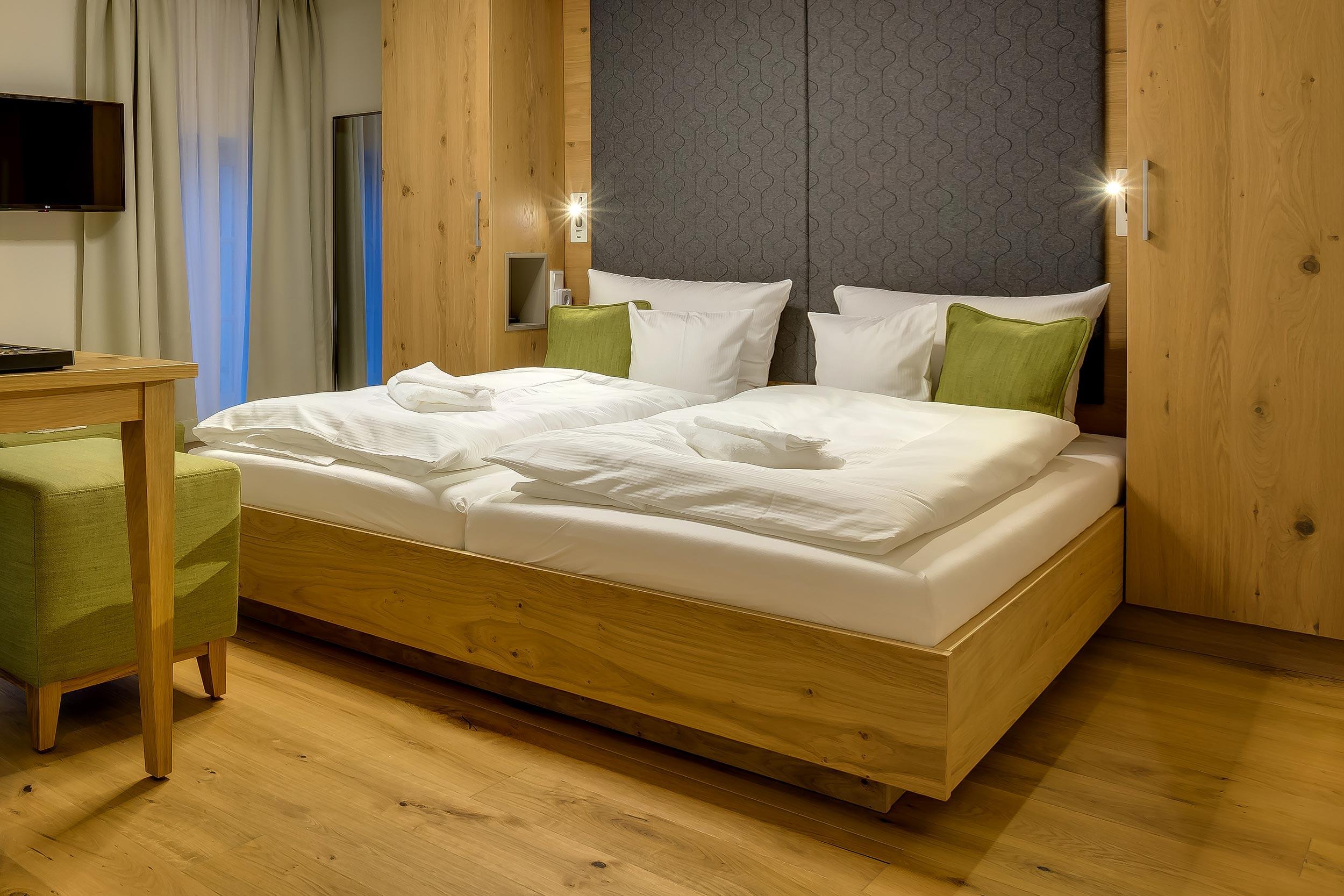 hochwertiges Doppelzimmer im grünen Zweig
